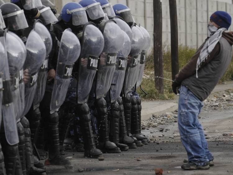 Do you have the guts to do this to the Turkish police?