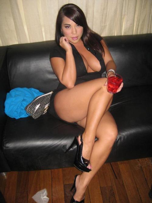 thick women galleries
