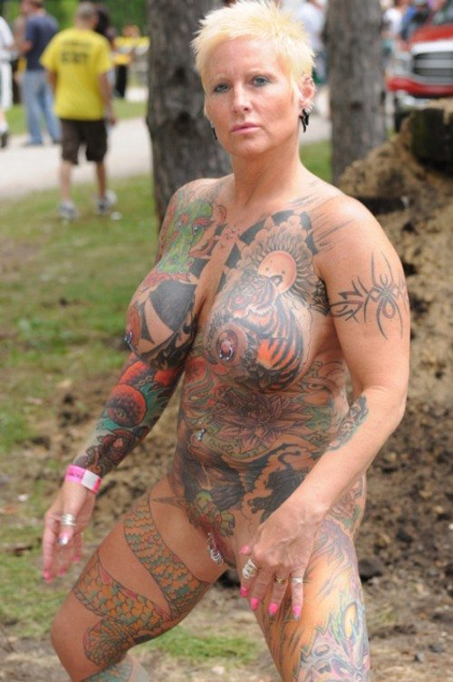 Tattooed Woman Nude 57