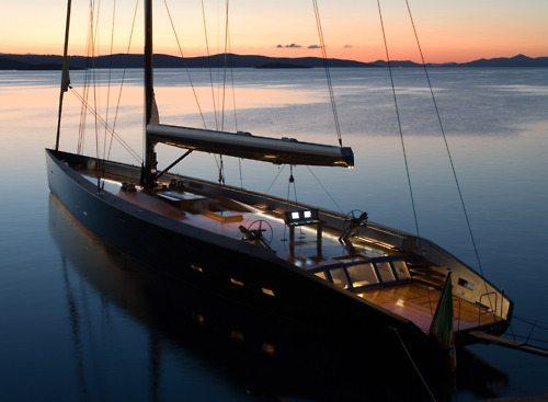 dope sail boat