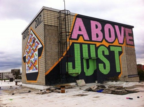 Above_Just_arrow_Full