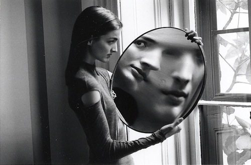 Duane Michals - Dr. Heisenberg's Magic Mirror of Uncertainty, 1998