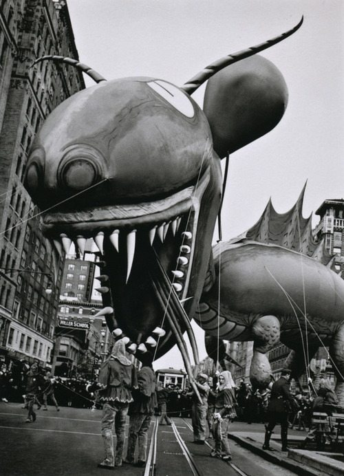 Monster on Broadway, NY photo by John Gutmann, 1936